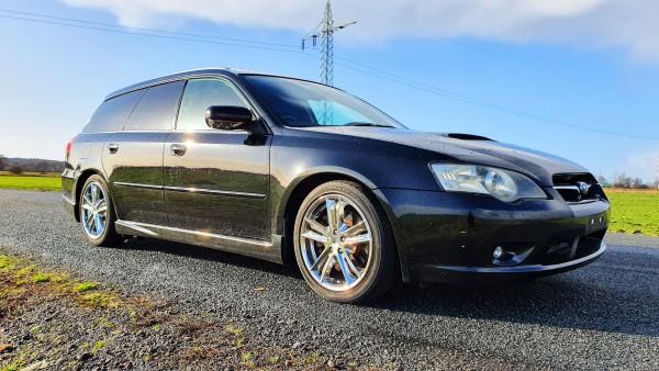Subaru Legacy GT JDM Turbo 260PS schwarz Chromfelgen