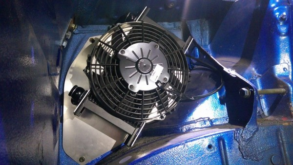 IQ Ölkühler Kit mit Lüfter - Toyota MR2 SW20